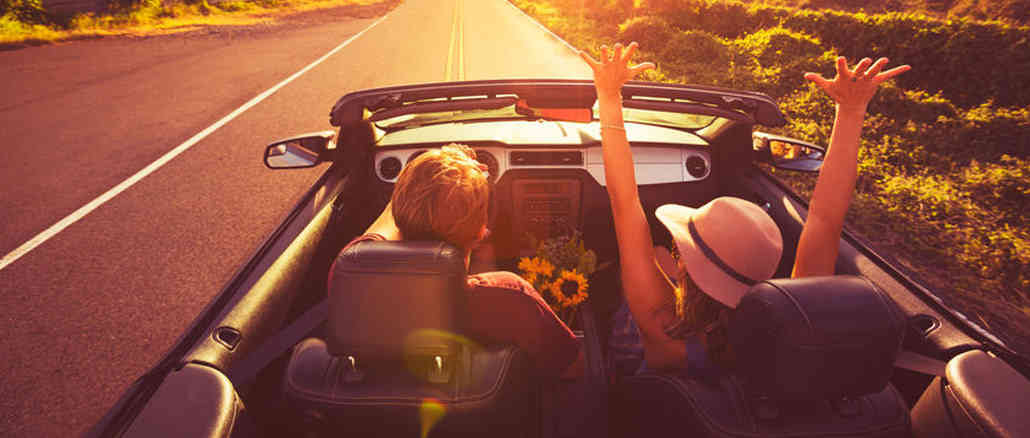 couple on summer road trip